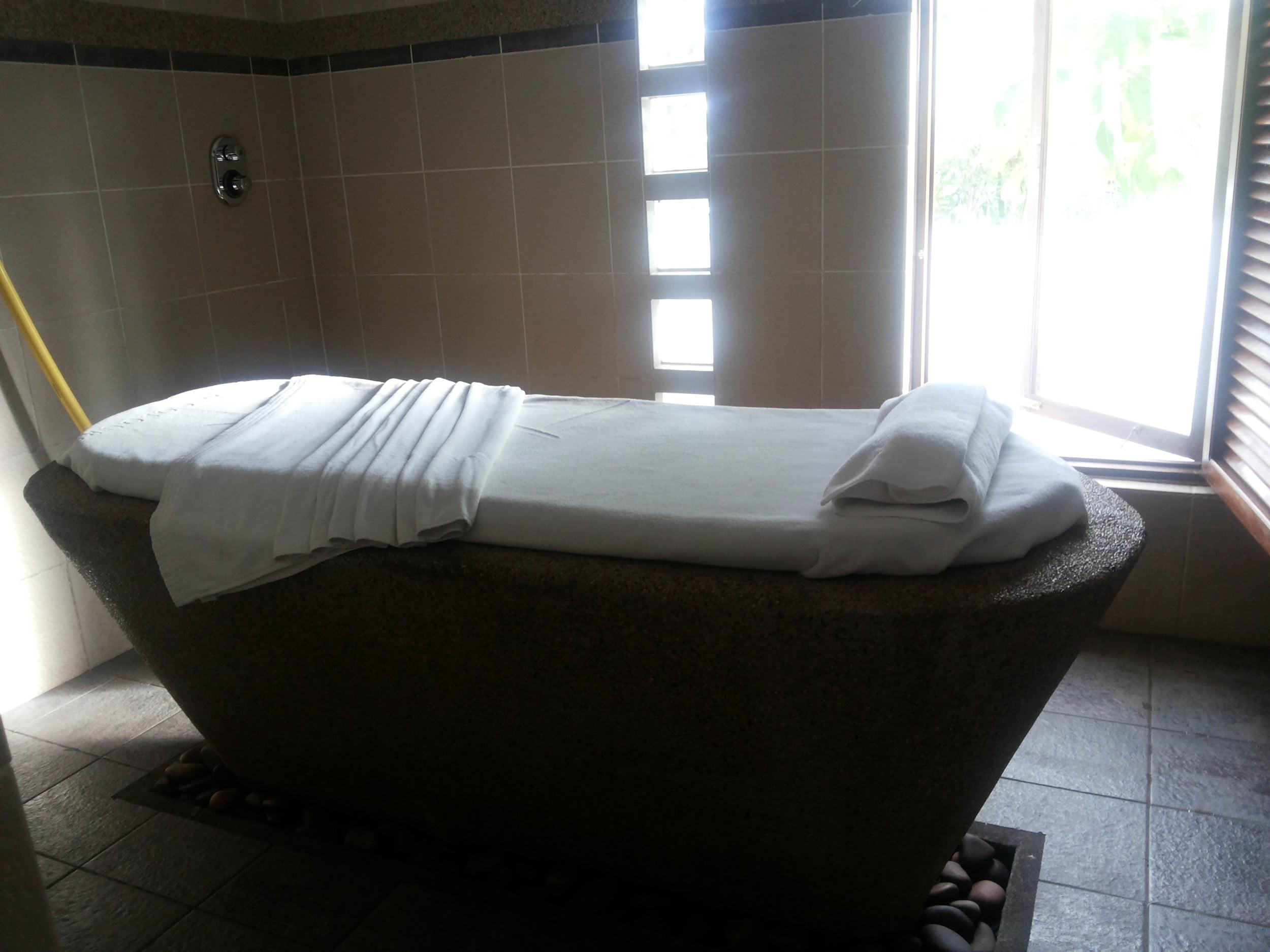 Aqua massage room, Seven Colours Spa Mauritius