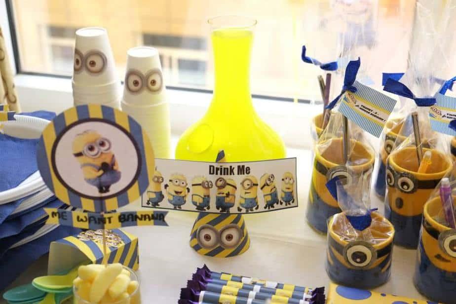 Banana jelly bean, lemon drink, minion themed pen pencil holder