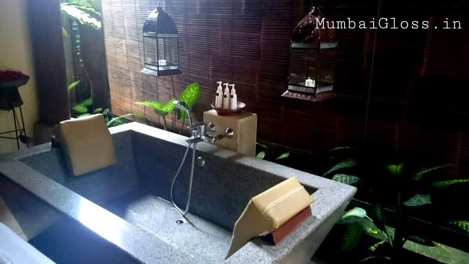 spa bath, Komaneka at Tangayyuda, Ubud, Bali